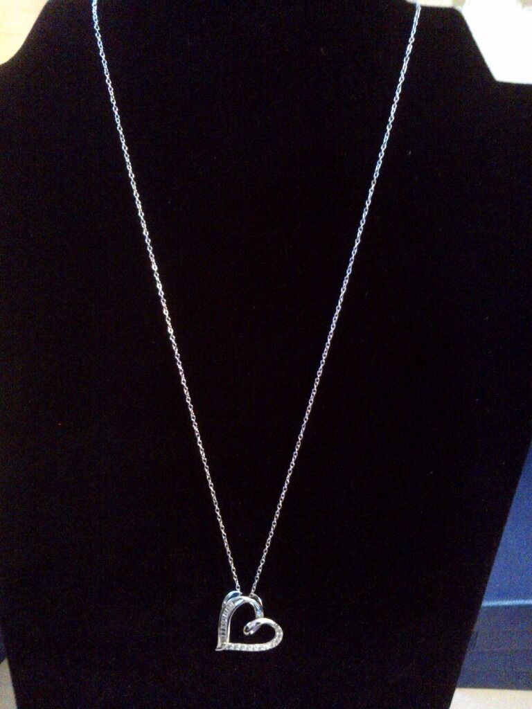 High triple grade crystal Heart Pendant and chain in Sterling Silver