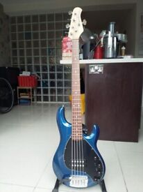 c8b69fa90e EJ200 GUITAR FOR SALE WITH HARD CASE. | in East London, London | Gumtree