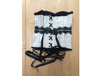 Glamorous women's corset/lingerie Size small-medium 8-12, cream and black