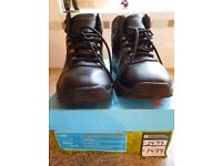 Children's Walking Boots - Size 4