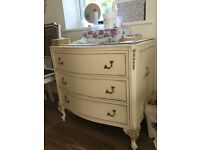 Set of three drawers, Shabby Chic style.