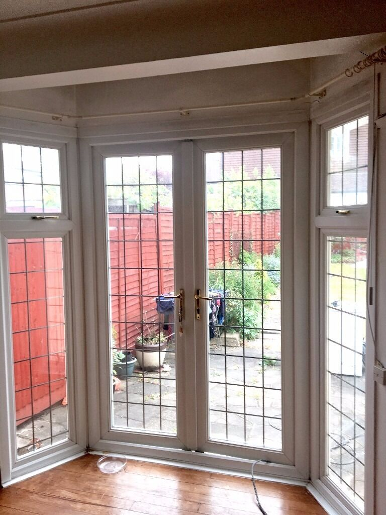Upvc french bay doors double glazed excellent condition for Double glazed upvc patio doors