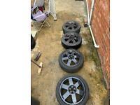 Black 17 Inch Alloy wheels