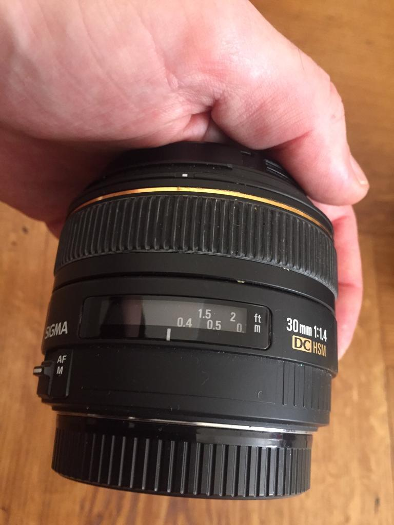 Sigma 30mm F14 Ex Dc Hsm Lens Canon Mount In Hampstead London F 14 A
