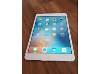 iPAD MINI ONE 7.9 INCH 16 GB WIFI IMMACULATE SILVER WHITE ONLY £70 BARGAIN
