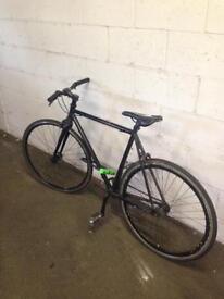 Black fixie/road bike