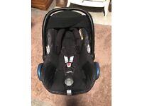 Maxi-Cosi CabrioFix Infant Car Seat With Maxi-Cosi ISOFIX Base