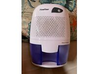 Small and quiet dehumidifier