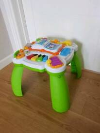 Leapfrog Learn and Groove Musical table toy