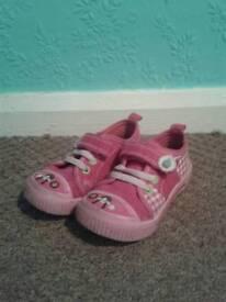 Pod infant shoes size 6