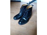 Sanders And Sanders Black Lace Up Boots Size UK 8.