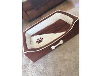 Medium Dog Bed brown/cream 65x50cm