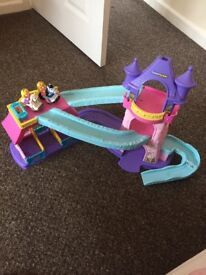 Disney Princess Fisher-Price Little People Klip Klop Stable Playset