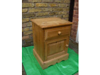 Pine Bedside Cabinet / Table / Cupboard / With draw and door #FREE LOCAL DELIVERY#