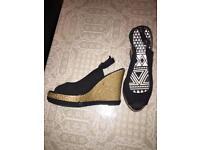 Shoes- Wedges- Black- Size 5