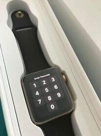 Immaculate Apple Watch Series 2 in Gold - Fully Boxed
