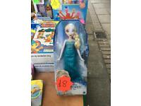 Disney frozen Elsa doll brand new