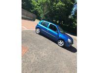 Renault Clio 1.2 £650