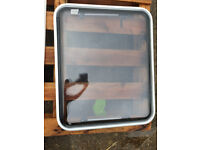 2 x PolyPlastic Camper Motorhome Caravan Windows Double Glazed with Flyscreen/Blind