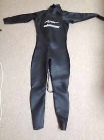 5ft 10- 6ft 4 Men's Triathlon wetsuit. Worn once - Foor 11 Classic