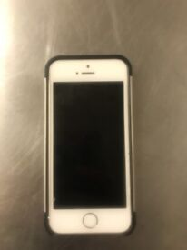 iphone 5s silver 32gb mint condition