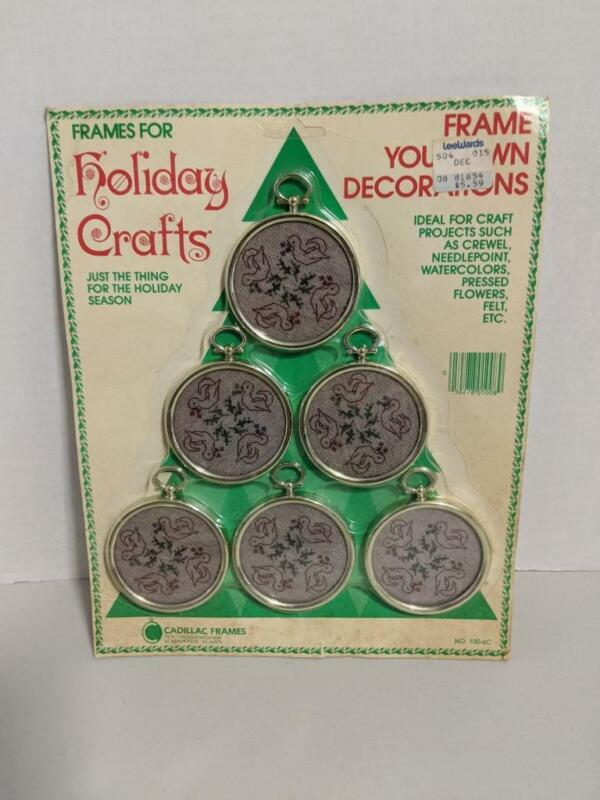 Vintage Cadillac Holiday Crafts Frames Ornaments Cross Stitch Christmas -0820