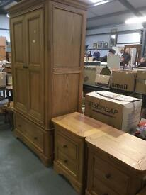 Solid oak bedroom suite * free furniture delivery*
