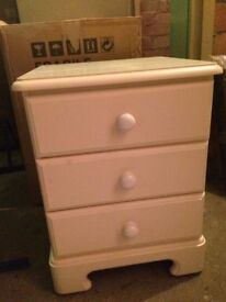 Bedside table with 3 drawers - Boxed/Unused