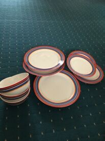 10 piece set of plates