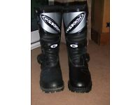 motorbike boots askew trials new