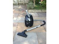 John Lewis & Partners 1800W Bagged Cylinder Vacuum Cleaner