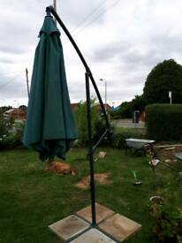 Large adjustable parasol