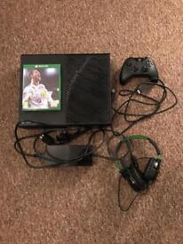 Xbox One 500GB Console + FIFA 18, TURTLE BEACH HEADSET & 4 GAMES