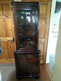 Corner display cabinet £10