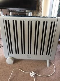 Dimplex Rio oil fired radiator with timer in good working order.