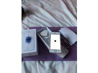 Unlocked refurbished Apple iPhone SE 64gb
