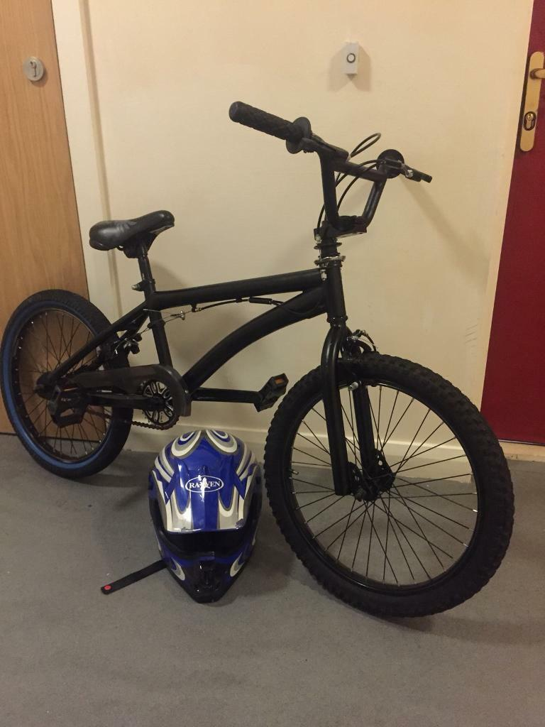 Bicycle. Boys muddyfox bmx stunt bike in mint condition.