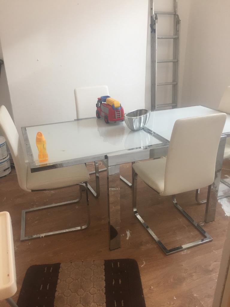 Chrome And Leather Dining Table Chairs
