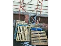 A load of pallets FREE