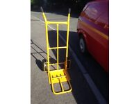 Sack Truck with extendable arm and paromatic tyres