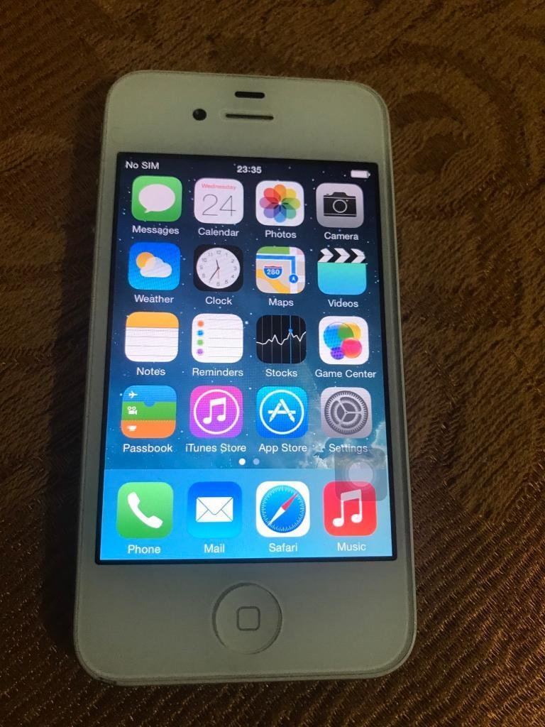 Apple iPhone 4 white unlocked 16gbin Southall, LondonGumtree - Hi selling this Apple iPhone 4 white unlocked 16gb memory Fully working just lock button sticky but can go around Comes with charger No offers pls price is last Thanks
