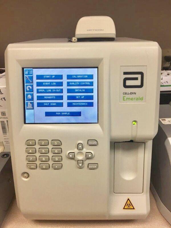 Abbot Cell-Dyn Emerald Ref 09H39-01 Hematology System