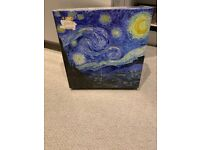 "2 Jigsaw puzzle ""the world"" and ""Starry Night"""