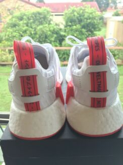 Adidas NMD R2 White/White/Red US5 Brand New
