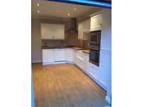 Stunning 3 bed flat in a Victorian Conversion ideal for students/sharers BRAND NEW!