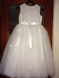 STUNNING COMMUNION DRESS BALLERINA STYLE ALONG WITH ALL ACCESSORIES