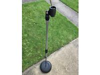 Peavy quality heavy cast base vertical microphone stand