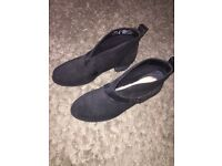 Ugg boots (size 6)