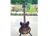 Epiphone Limited Edition Riviera Custom P93 Semi-Hollowbody Electric Guitar Wine Red