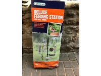 Deluxe large garden bird feeder brand new in box 6foot